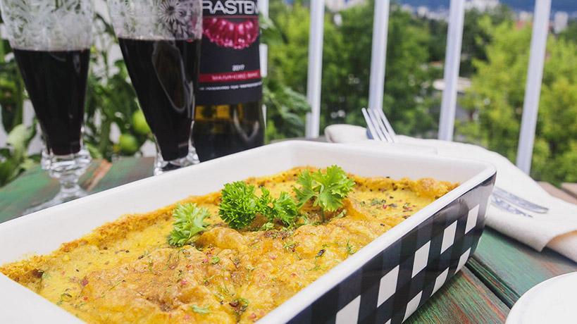 Рецепта за Гръцка не-мусака с Delishu манатарки и мащерка