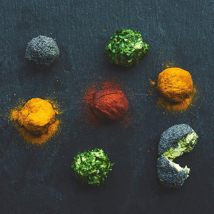 Пикантни бонбони с круша и Delishu сушен домат